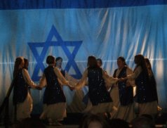 """Hallelujah"" by Joel Chernoff - Chayah Praise"
